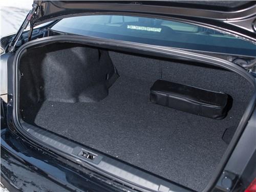 Subaru Legacy 2018 багажное отделение