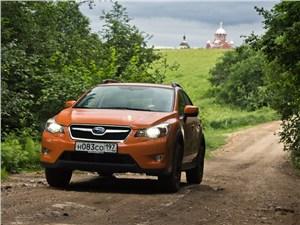 Subaru XV 2012 вид спереди