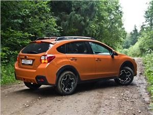 Subaru XV 2012 вид сбоку