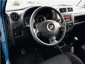 Suzuki Jimny 2013 водительское место
