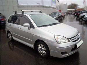 Промежуточное звено (Fiat Panda, Suzuki Ignis, Suzuki Liana, Subaru Impreza) Liana - Suzuki Liana хэтчбек 2004 вид спереди справа