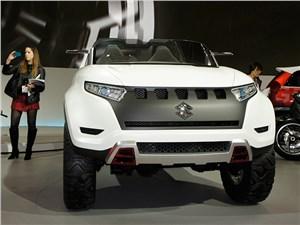 Suzuki X-LANDER concept 2013 вид спереди