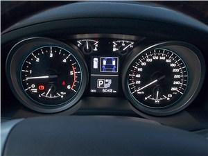 Предпросмотр toyota land cruiser 200 2012 приборная панель