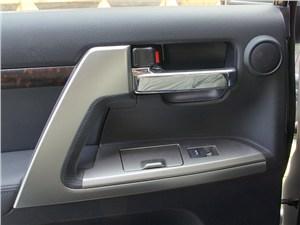 Предпросмотр toyota land cruiser 200 2012 дверные ручки