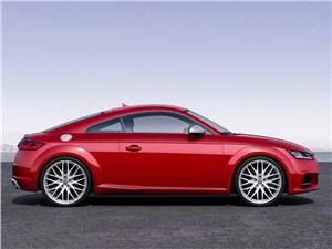 Audi TTs 2014 вид сбоку