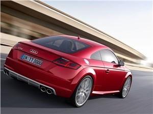 Audi TTs 2014 вид сзади сбоку