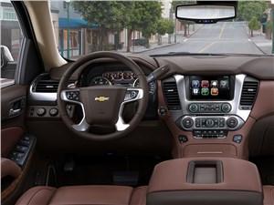 Chevrolet Tahoe - Chevrolet Tahoe 2014 водительское место