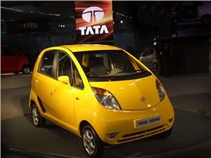 Tata Nano 2009 вид спереди
