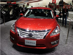 Nissan Teana (седан 4-дв.)