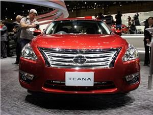 Nissan Teana 2014 вид спереди