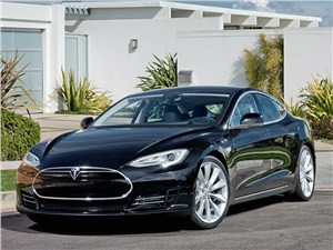 Tesla Motors Model S (хэтчбек)