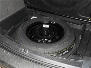 Volkswagen Touran 2011 запаска