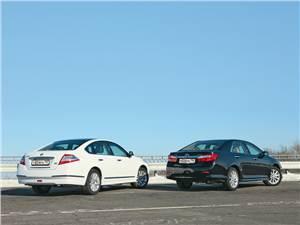 Сравнительный тест Toyota Camry, и Nissan Teana