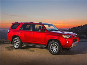Toyota 4Runner 2013 вид сбоку