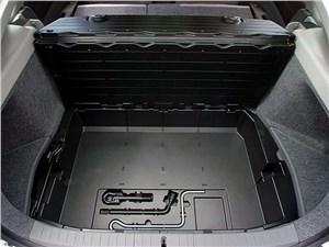Предпросмотр toyota prius 2006 второе поколение автомобиля контейнер под фальшполом багажника