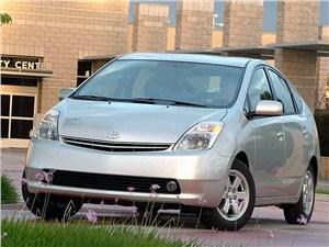 Предпросмотр toyota prius 2006 второе поколение автомобиля вид слева спереди