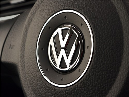 Новость про Volkswagen - Volkswagen AG планирует провести значительные сокращения сотрудников по всему миру