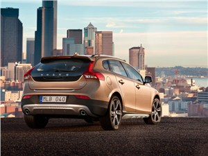Водный мир V40 Cross Country - Volvo V40 Cross Country 2013 вид сзади