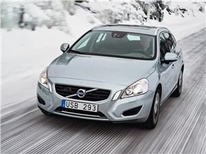 Volvo V60 - volvo v60 plug-in hybrid 2013 вид спереди