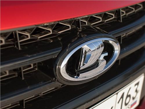 Новость про Lada Vesta - Продажи автомобилей Lada в январе увеличились на 5%