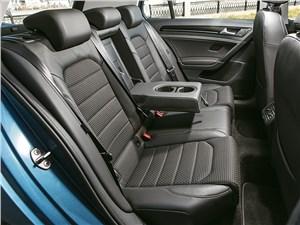 Volkswagen Golf 2013 задний диван
