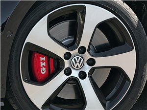 Предпросмотр volkswagen golf gti performance 2013 колесо