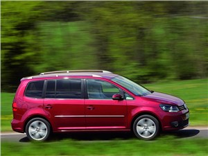 100-процентная практичность (Renault Grand Scenic, Honda Stream, VW Touran) Touran -