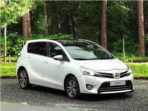 Toyota рассекретила рестайлинговую Verso