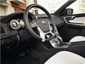 Volvo XC60 2012 водительское место