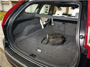 Volvo XC60 2012 багажное отделение