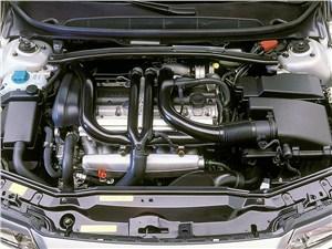 Предпросмотр volvo s80 2000 моторный отсек