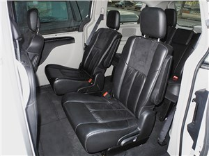 Chrysler Grand Voyager 2012 задние кресла