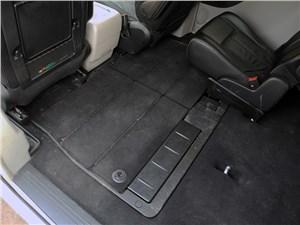 Chrysler Grand Voyager 2012 багажное отделение