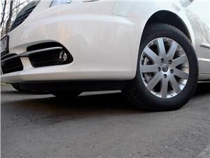 Chrysler Grand Voyager 2012 передний свес
