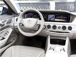 Mercedes-Benz S 500 LONG 2013 водительское место
