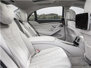 Mercedes-Benz S 500 LONG 2013 задние кресла