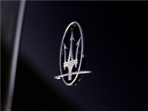 Объем продаж Maserati в России сократился почти наполовину