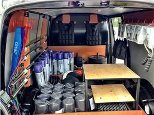 Предпросмотр volkswagen transporter workout delivery 2013 грузовой отсек