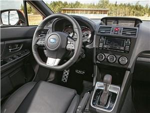 Subaru WRX 2015 интерьер