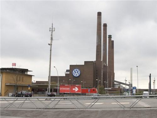 Volkswagen AG приостановил серийное производство модели Golf