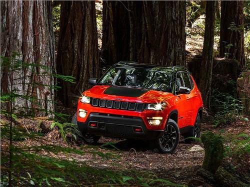Jeep показал новый кроссовер Compass