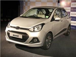 Hyundai Xcent 2014 вид спереди