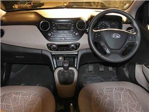 Предпросмотр hyundai xcent 2014 водительское место