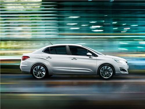Новость про Citroen C4 sedan - ПСМА Рус начал серийное производство обновленного Citroen C4