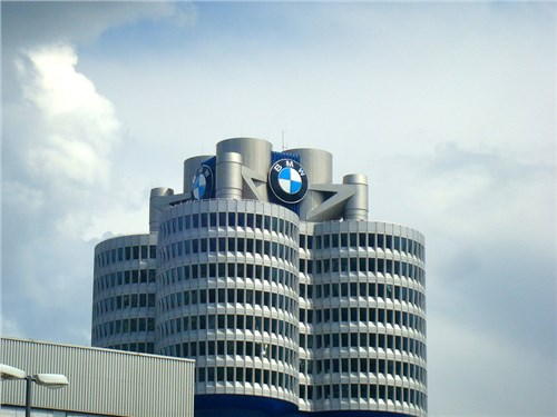 Новость про BMW - BMW поделилась планами по развитию своего производства в России