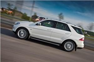 Предпросмотр mercedes-benz ml 500 2012 фото в динамике 11