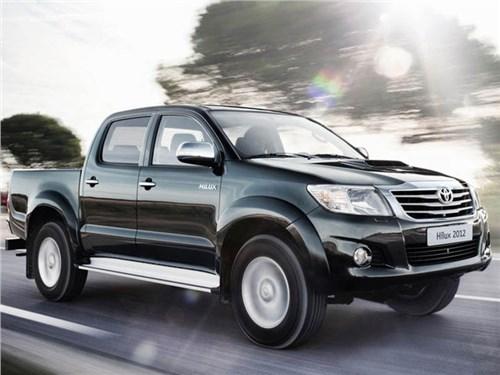 В России вновь отзывают пикапы Toyota Hilux