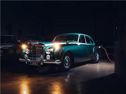 Bentley Continental превратили в электрокар