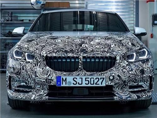 Новость про BMW 1 series - Переднеприводную BMW 1 серии показали почти без камуфляжа