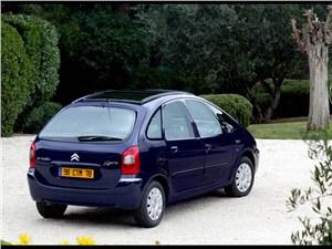 Недорогая универсальность (Renault Scenic, Citroen Xsara Picasso, Fiat Multipla) Xsara Picasso -